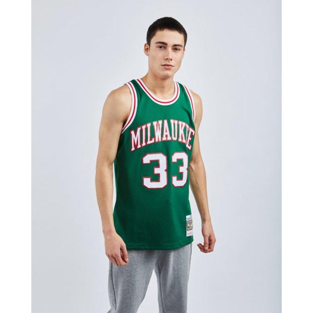 NBA Basketball Paris Swingman Jersey Kareem Abdul-Jabbar - Homme Vestes - Mitchell and Ness - Modalova