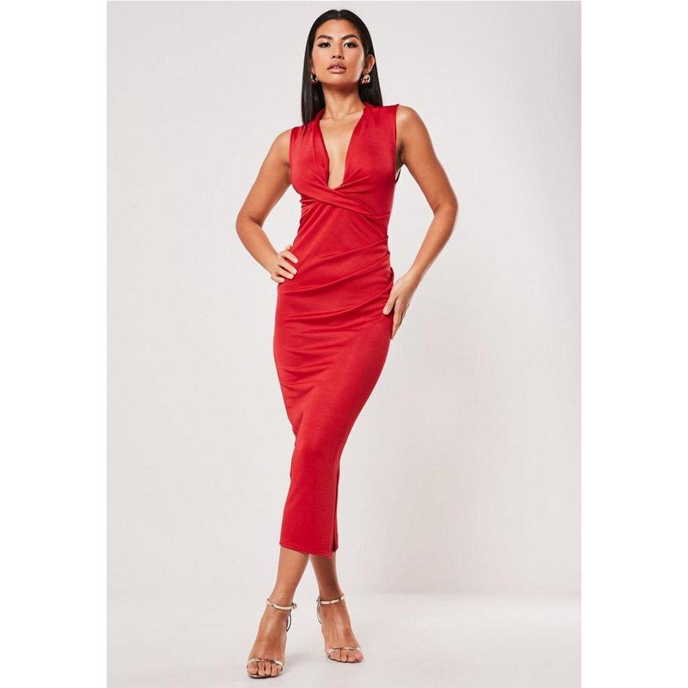 Robe mi-longue rouge drapée, Rouge - Missguided - Modalova