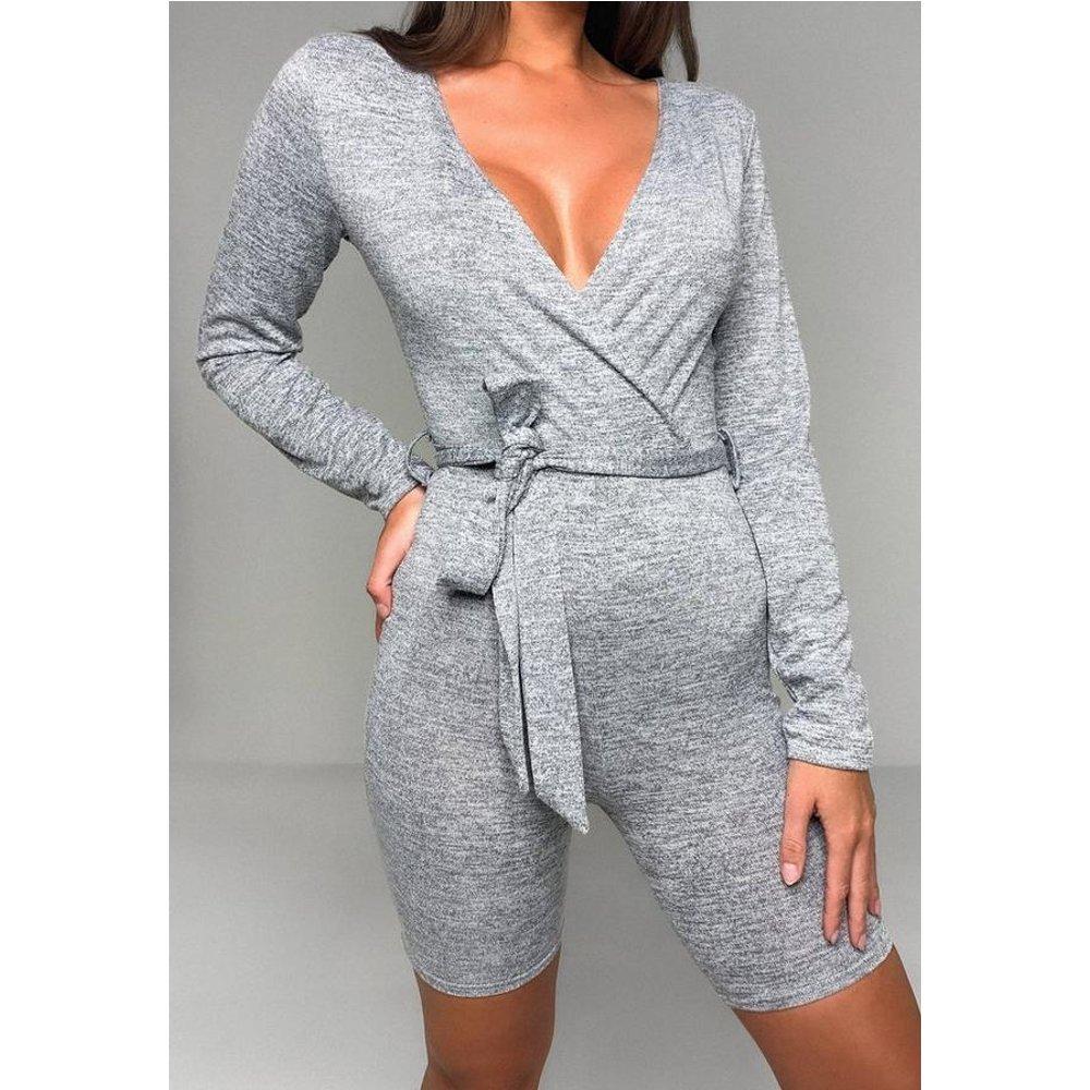 Combishort en tricot noué lounge wear - Missguided - Modalova