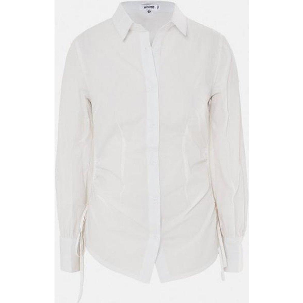 Chemise longue blanche en popeline froncé - Missguided - Modalova