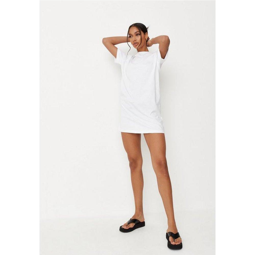 Robe t-shirt blanche basique Tall - Missguided - Modalova