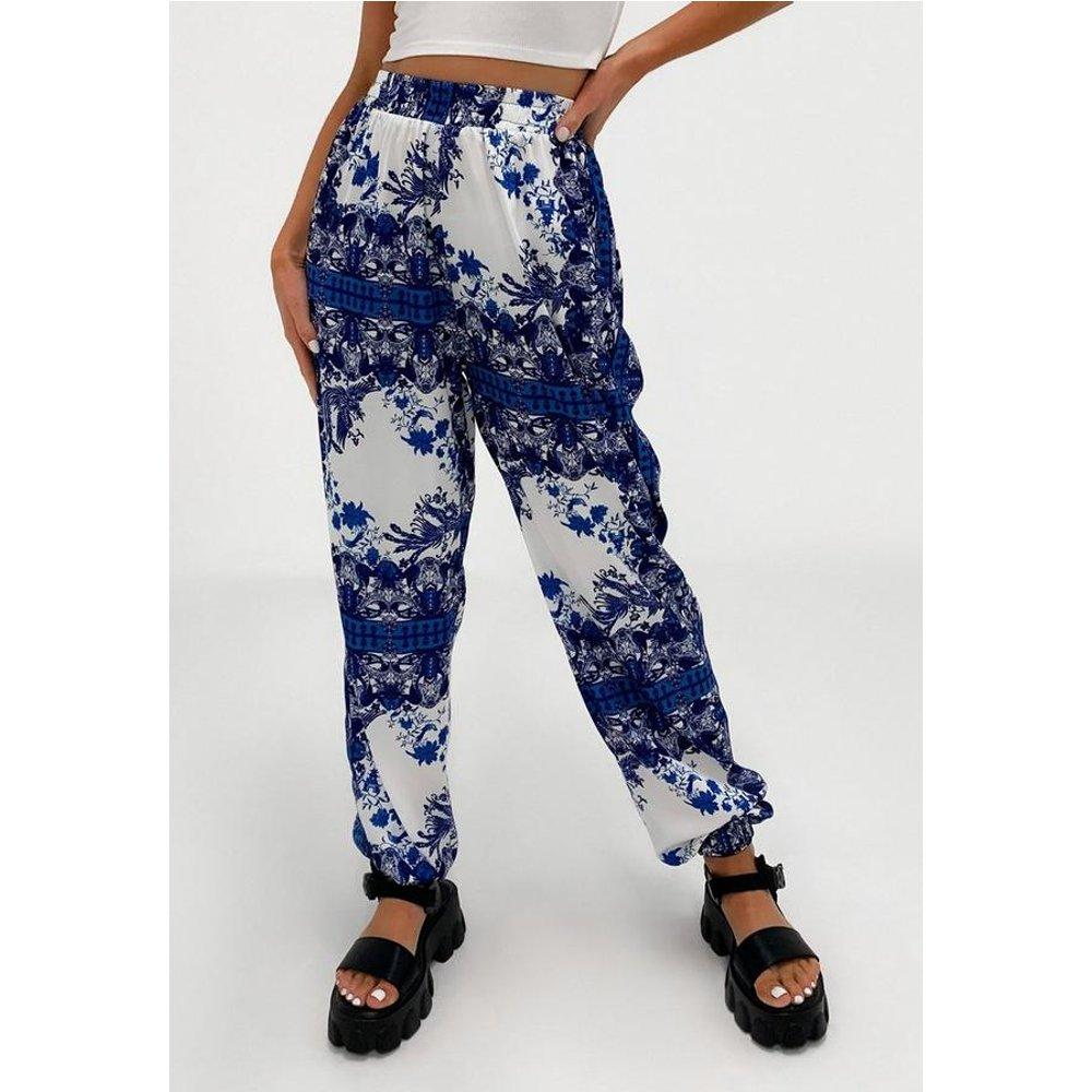 Pantalon à imprimé bohème avec ourlet élastique tall - Missguided - Modalova