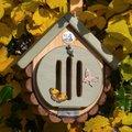 Schmetterlingshaus und -futterstelle Pastello