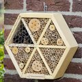 Insektenhotel Hexagon, 8 x 28 x 25 Zentimeter, Holz, natur