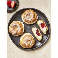 4 Strawberry & Cream Choux Buns