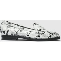 Schuh Black & White Magnetize Flat Shoes