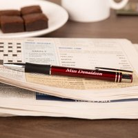 Luxury Writing Pen: Red - Writing Gifts
