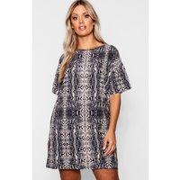 Womens Plus snakeskin Oversized T-Shirt Dress - grey - 20, Grey