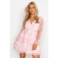 Womens Plus Lace Plunge Skater Dress - Pink - 18, Pink