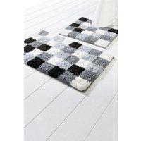 Checkers Bath Mat with FREE Pedestal Mat