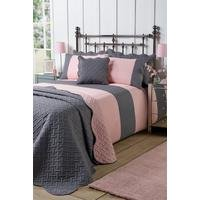Two-Tone Geometric Quilted Bedspread