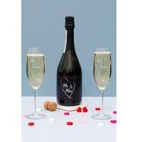Personalised Mr and Mrs Gold Heart Prosecco Gift Set