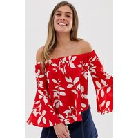 QED London fluted sleeve bardot top in red floral - Red multi