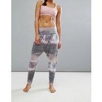 Pantalones de yoga con estampado Harem de Onzie
