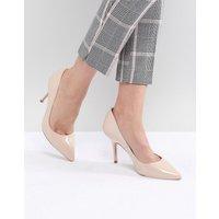 Karen Millen patent pointed court shoes - Cream