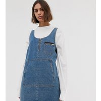 COLLUSION denim apron dress in mid wash blue - Blue