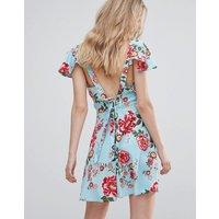 InfluenceInfluence Tie Back Flutter Sleeve Floral Tea Dress - Blue floral