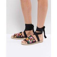 Sandalias estilo alpargatas con bordados JAC de ASOS