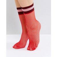 Calcetines de rejilla con rayas ribeteadas en rojo de ASOS