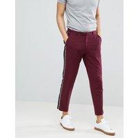 Pantalones ajustados de vestir con largo capri y raya lateral con flecos de ASOS DESIGN