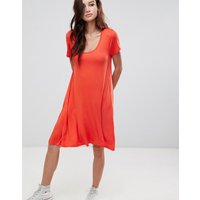 Brave Soul Swing Dress With Keyhole Back Detail - Racer Red
