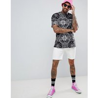 Roadies of 66 Oversized T-Shirt in Bandana Print - Black