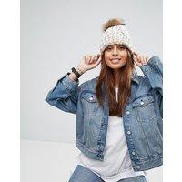 7X Knitted Pom Pom Beanie Hat - Cream