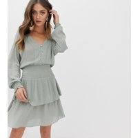 Stradivarius STR v neck shirred waist dress in mint - Green