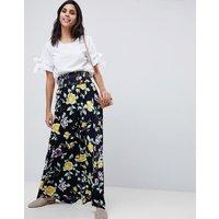 Falda larga con cintura fruncida y estampado floral de ASOS DESIGN