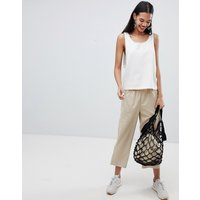 Pantalones capri de pernera ancha tejidos de Weekday