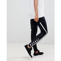 Jordan Alpha Dry Joggers In Black 889711-014 - Black
