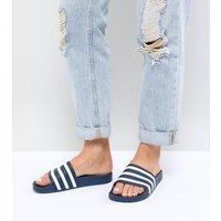 Sandalias en azul marino y blanco Adilette de adidas Originals