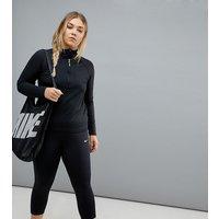 Leggings capri en negro Power Racer de Nike Plus