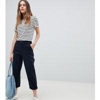 Pantalones chinos en azul marino de ASOS DESIGN Petite