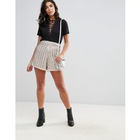 Pantalones cortos con cuentas de Glamorous