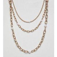 Collares con perla y cadena dorada de múltiples hileras de Liars & Lovers