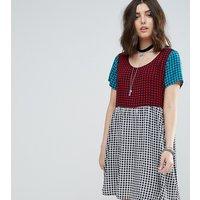 Glamorous PetiteGlamorous Petite Mixed Tartan Mini Smock Dress - Tartan