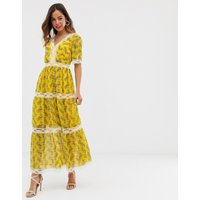 ASOS DESIGN lace insert tiered maxi dress in paisley print - Paisley print