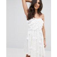 GlamorousGlamorous Strapless Floral Dress - White