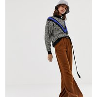Pull&Bear wide leg trouser in brown - Brown