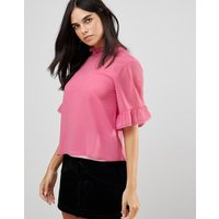 Traffic People 3/4 Sleeve Flute Sleeve Top With Ruffle Detail - Pink