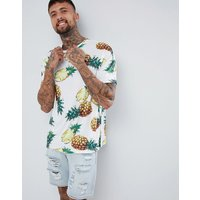 Roadies of 66 Oversized T-Shirt in Pineapple Print - White
