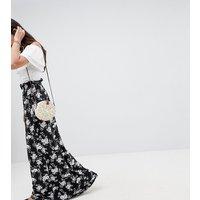 Falda maxi con cintura paperbag y estampado floral monocromático de ASOS TALL