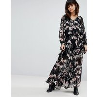 Religion Maxi Skirt In Woodland Floral - Black