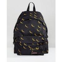 Mochila acolchada con estampado de plátanos de Andy Warhol Pak