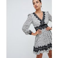 Forever New mini dress in pattern with lace trim - Monochrome