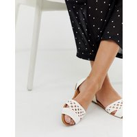Qupid woven flat shoes - White