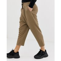 ASOS DESIGN drop crotch tapered crop smart trousers in camel with drawcord - Camel