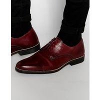 Red Tape Lace Up Shoes In Burgundy Leather - Red