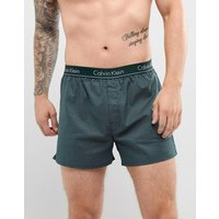 Calvin Klein Woven Boxers In Traditional Fit - Green